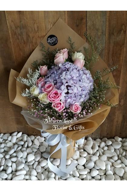 Valentine's Hand Bouquet 005
