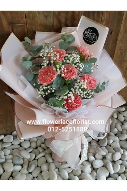 Carnation Hand Bouquet 006